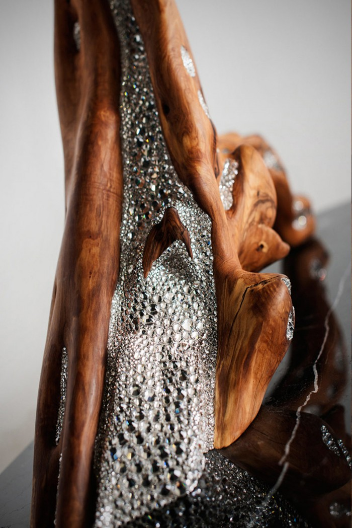 Amarist studio presents Thesaurus condole made with 14000 swarovski crystals and olive wood