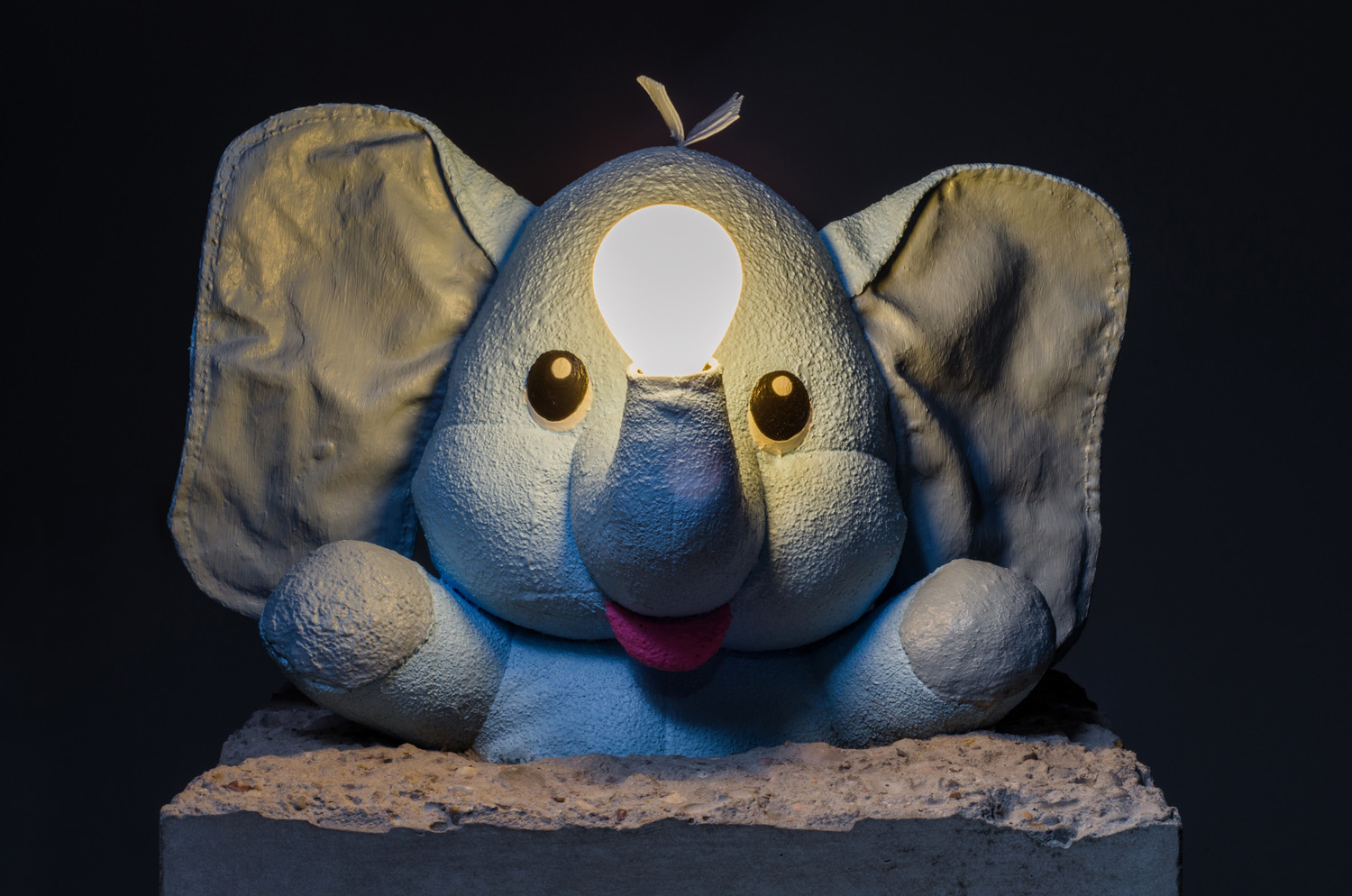 Dumbo sulpture Lamp by Amarist Studio