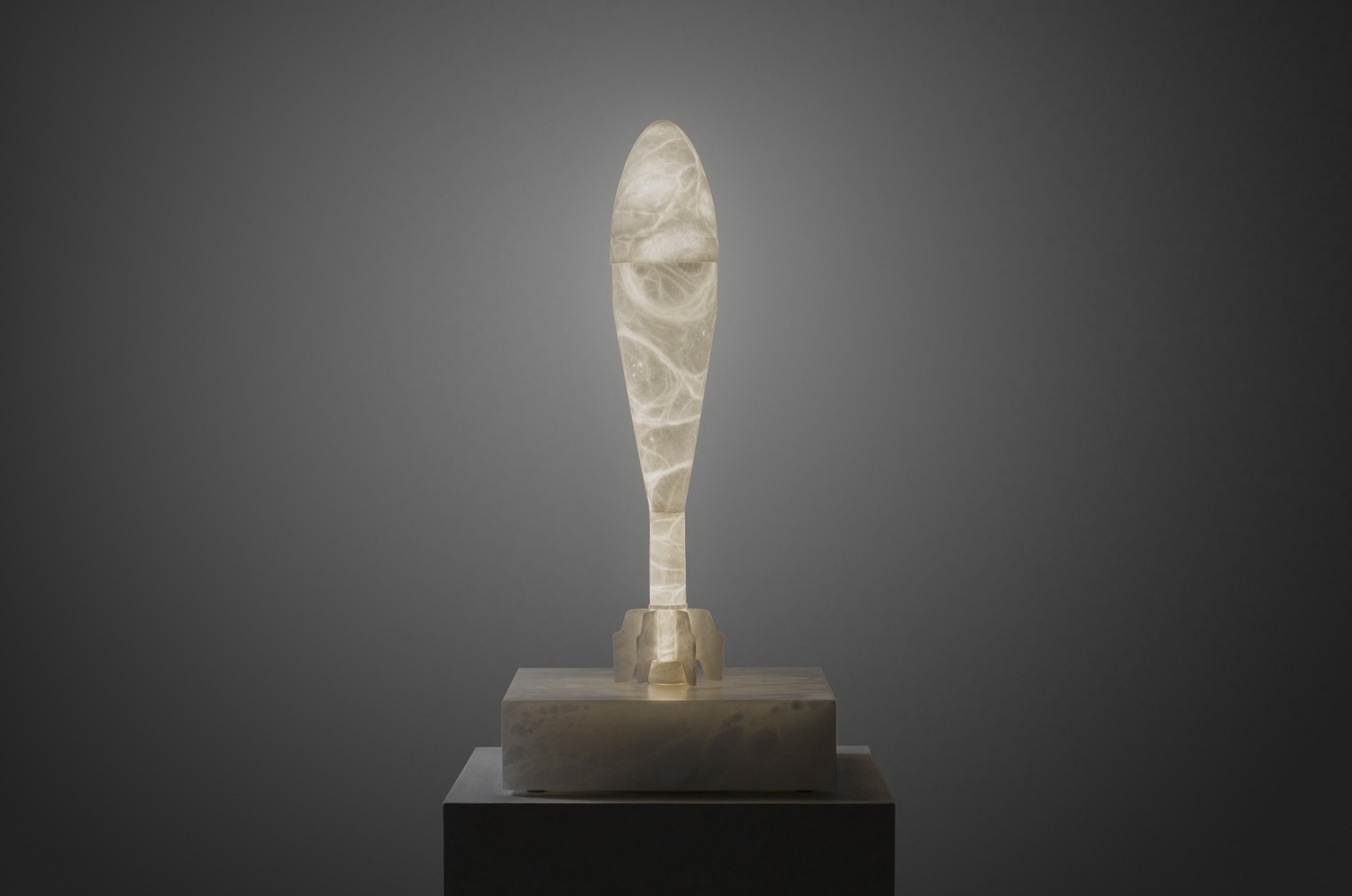 ¡Fuego Amigo! Alabaster sculpture light by Amarist studio.