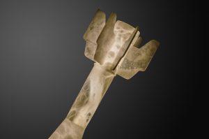 Alabaster sculpture light by Amarist studio.